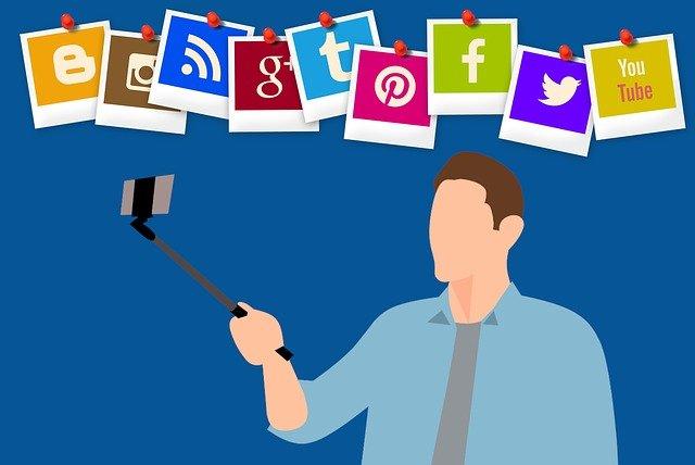 selfie a sociální média