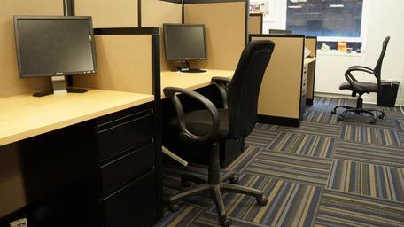 kamcelářský nábytek